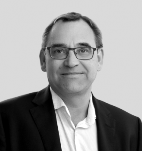 Dirk Strauß